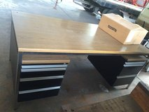 big sturdy desk in great shape in Spangdahlem, Germany