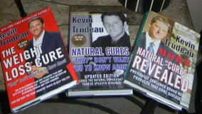 Kevin Trudeau 3 Book Lot Natural Cures Weight Loss Hardcover in Kingwood, Texas