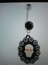 skull cameo belly ring in Camp Lejeune, North Carolina
