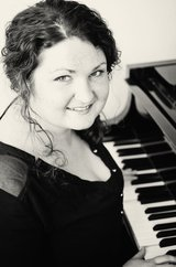 Fun and Enriching Voice and Piano Lessons in Stuttgart, GE