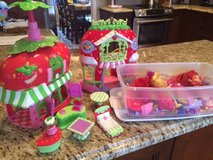 Strawberry Shortcake Lot in Glendale Heights, Illinois