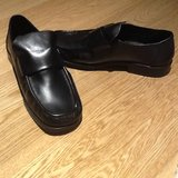 Mens Black Dress Shoes Size 8 in Lakenheath, UK
