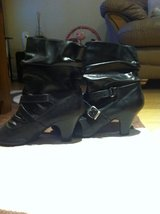 Womens Ankle Boots size 7 in Lakenheath, UK