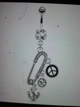 safety pin belly ring in Camp Lejeune, North Carolina