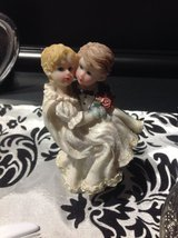 Wedding Figurine in Fort Campbell, Kentucky