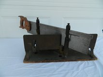 Antique Millers Falls Size 2 No 23 Langdon ACME Mitre Box with Disston Back Saw in Camp Lejeune, North Carolina