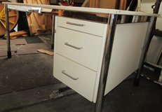 White Office Desk with L Extention and Chrome Legs in Ramstein, Germany