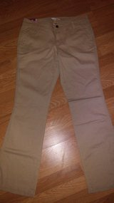 women's khaki pants size 10 in The Woodlands, Texas