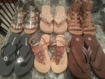 Sandals *REDUCED* in Fort Leonard Wood, Missouri