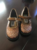 Sparkle girls dress shoes in Naperville, Illinois