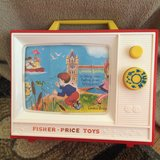 Fisher Price Giant Screeen Music Box TV in Batavia, Illinois