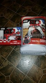 New /  Disney Star Wars Microfiber Full Comforter Set in Fort Campbell, Kentucky