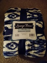 Lounge Throw (N.W.T) in Glendale Heights, Illinois