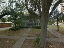 This single family house in 2033 Broadway St. is for slae in Beaumont, Texas