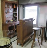 UF - Floor Model Sale - Classic Oak Bar Unit - Floor Model in Ramstein, Germany
