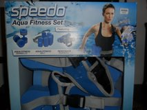 Speedo Aqua Fitness Set NIB in Cleveland, Texas