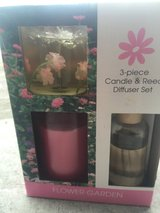 3 piece candle and reed diffuser set in Camp Lejeune, North Carolina
