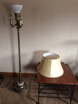 Working antique brass floor lamp with scroll detail & marble accent in Bartlett, Illinois