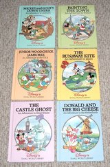 6 RARE Vintage 1994 Disney's Small World Library Children's Hard Cover Books in Chicago, Illinois