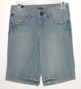 Vanity Denim Jean Bermuda Shorts Womens sz 25 in Morris, Illinois