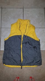 Reversable Vest dark grey/yellow in Plainfield, Illinois