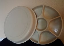 Tupperware Large Divided Party Tray w/Lid in Houston, Texas