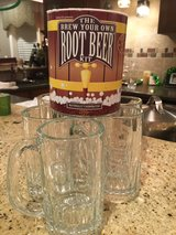 Root beer kit+glass mugs (5) in Naperville, Illinois