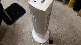 Oscillatiing Slim-Line Tower Fan with 3 Speeds and Timer - Low Noise in Tampa, Florida