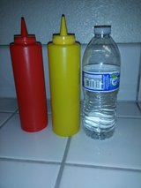 Condiment containers in Travis AFB, California