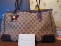 Authentic Gucci w/ Dust Bag & Box in Houston, Texas