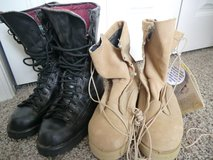 Boots, 7 1/2 and 10 1/2 wide in Fort Leonard Wood, Missouri