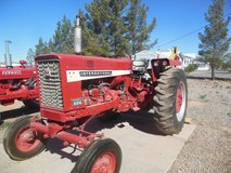 INTERNATIONAL FARMALL 656 FARM TRACTOR in Alamogordo, New Mexico