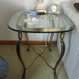 End table  needs new home in Naperville, Illinois