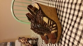 nine west wedges size 7 in Conroe, Texas