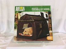 Animal Planet portable pet kennel indoor/outdoor New in Bolingbrook, Illinois