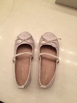 Kenneth Cole reaction girl size 10 in Naperville, Illinois