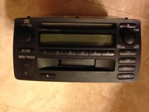 Toyota original radio/CD/tape, for 2000-2006 models in Glendale Heights, Illinois
