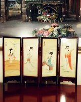 Vintage Asian Hand Painted on Silk Tabletop in New Lenox, Illinois