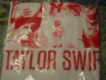 New Taylor Swift Youth Medium collage tee shirt in Fort Riley, Kansas