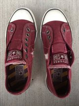 Women's Converse Sneakers -Size 6.5 in Westmont, Illinois