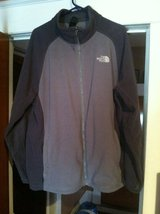 Men's xxl north face jacket in Fort Drum, New York
