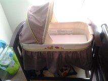 Summer Infant Classic - Fox and Friends Wooden baby Bassinet in Beaufort, South Carolina