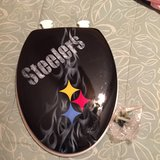 New Custom-made Steelers toilet seat *Reduced* in Fort Benning, Georgia