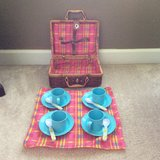 Kids Picnic basket with accessories in Fort Campbell, Kentucky