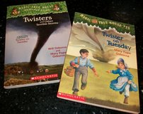Magic Tree House Book #23 Twister on Tuesday + Research Guide Twisters in Houston, Texas