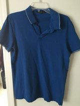 Men's Kenneth Cole size M polo in Chicago, Illinois