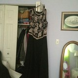 Formal Dress size 16 in Great Lakes, Illinois