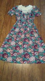 Karin Stevens Dress - Size 8 in Kingwood, Texas