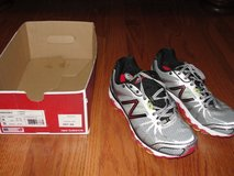 NEW BALANCE M880SR3 SIZE 9 D RUNNING COURSE RUNNING SHOES in Camp Lejeune, North Carolina