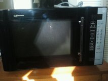 Microwave glass turn table replacement with rotating ring in Joliet, Illinois